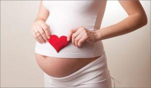 ayudas-maternidad-seguridad-social-600x352